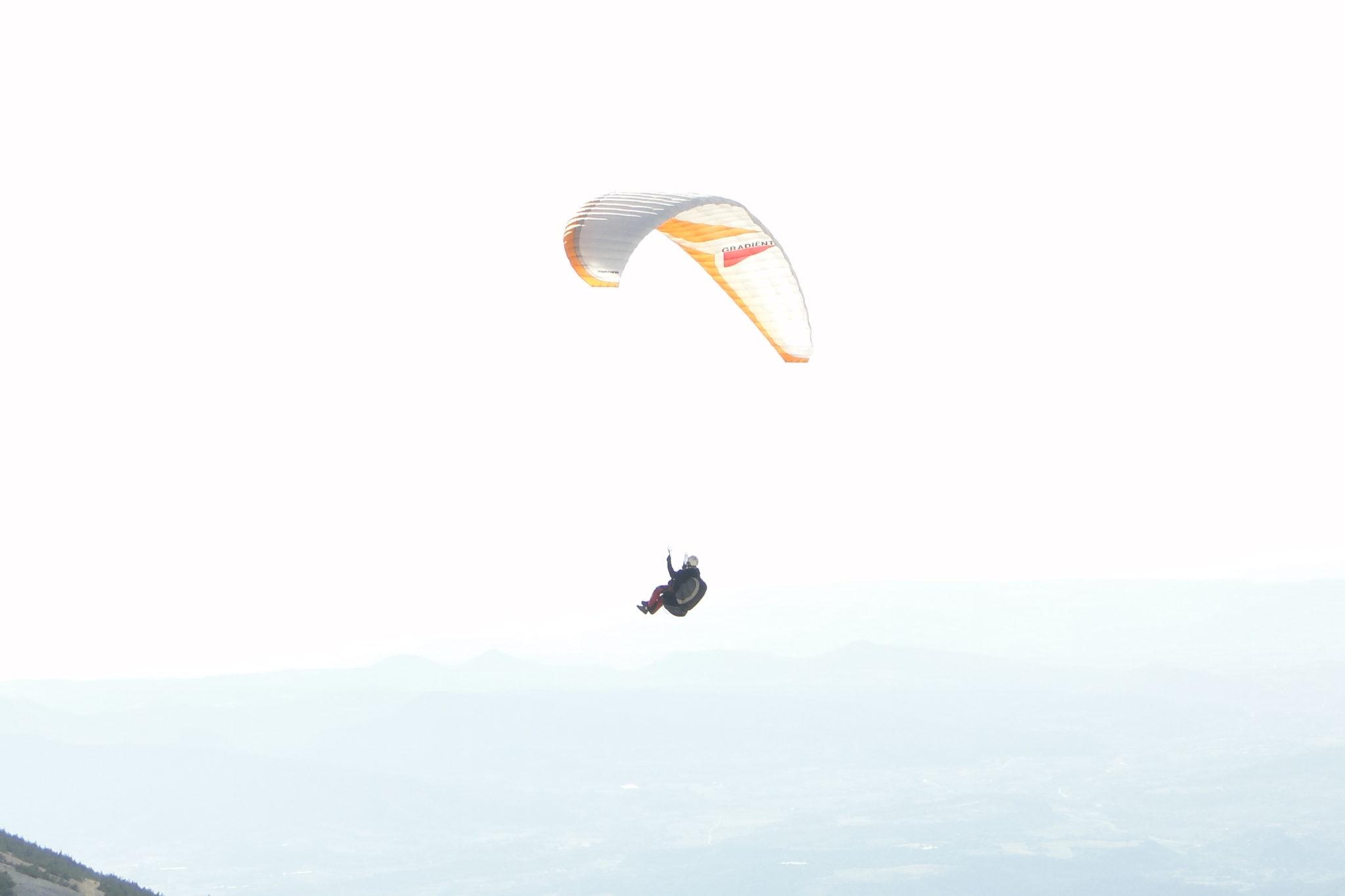 110731 Frankrijk Mont Ventoux Paragliders (45)